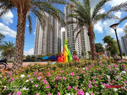 Công viên cầu vồng nằm ngay cụm tòa S5 The Rainbow