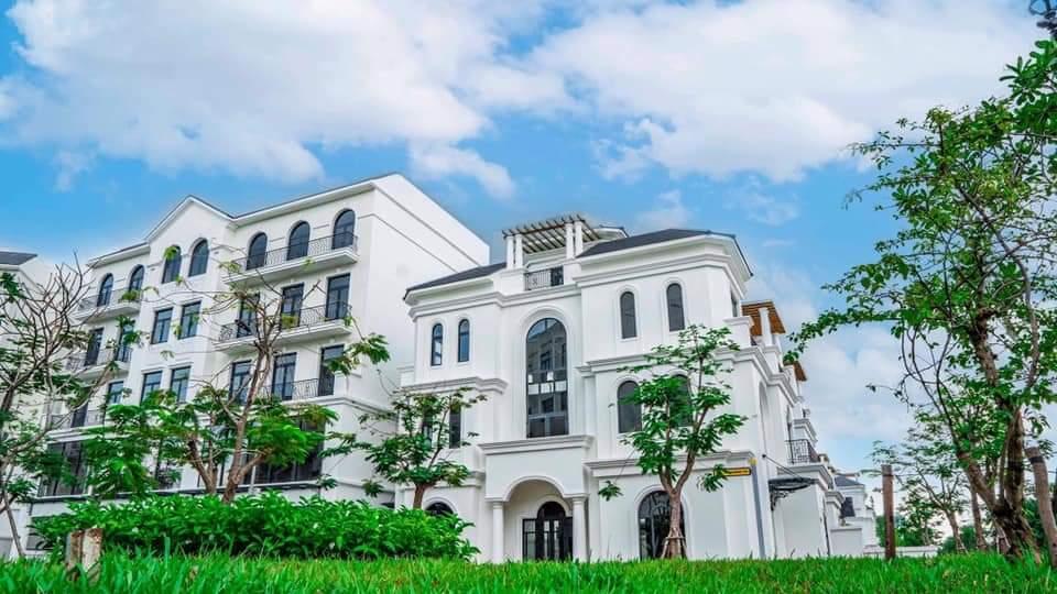 boutique villa manhattan glory vinhomes grand park 7